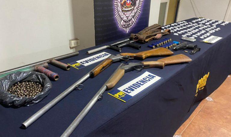 Lota: sujetos son detenidos con diversas escopetas, drogas y municiones