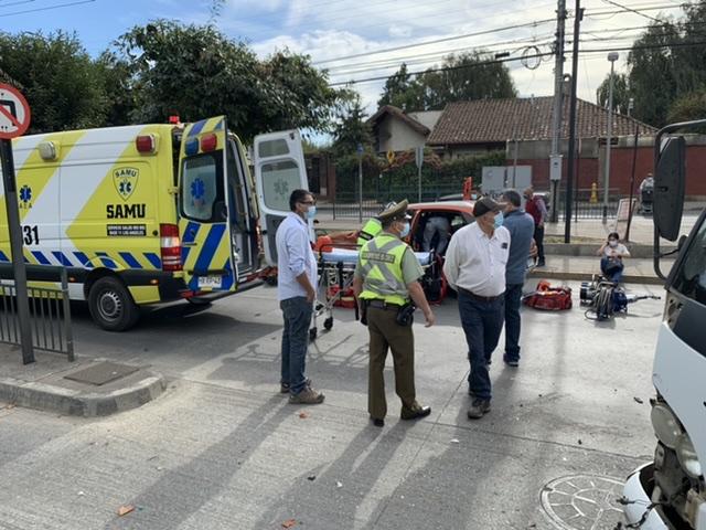 Los Ángeles: Una mujer lesionada deja colisión en cruce Líder Sor Vicenta