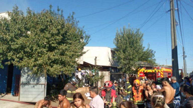 Los Ángeles: Incendio afecta a 2 viviendas en Villa Los Profesores