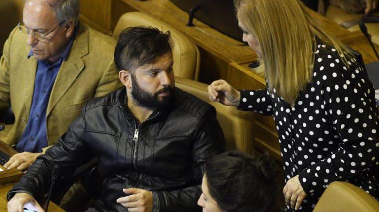 Jiles arremete contra Boric tras sumarse a 'carrera presidencial': «le salvó el pellejo a Piñera»