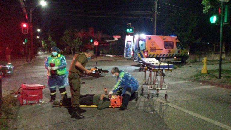 """Los Ángeles: Conductor de """"Pedidos Ya"""" queda herido tras colisionar con camioneta"""