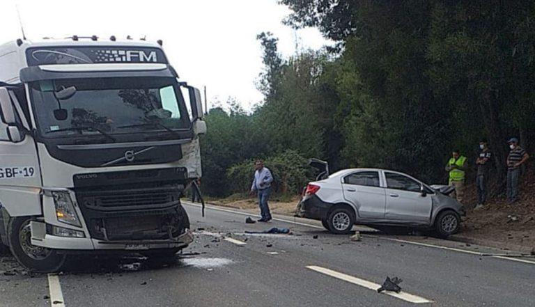 Santa Juana: conductor de vehículo menor falleció tras colisión con un camión
