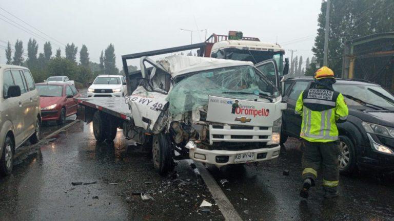 Los Ángeles: Conductor salva de milagro tras violenta colisión