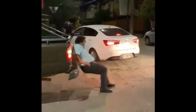 Hombre de viral fiscalización en Los Ángeles rompió el silencio: «Quizás me salí de madre»