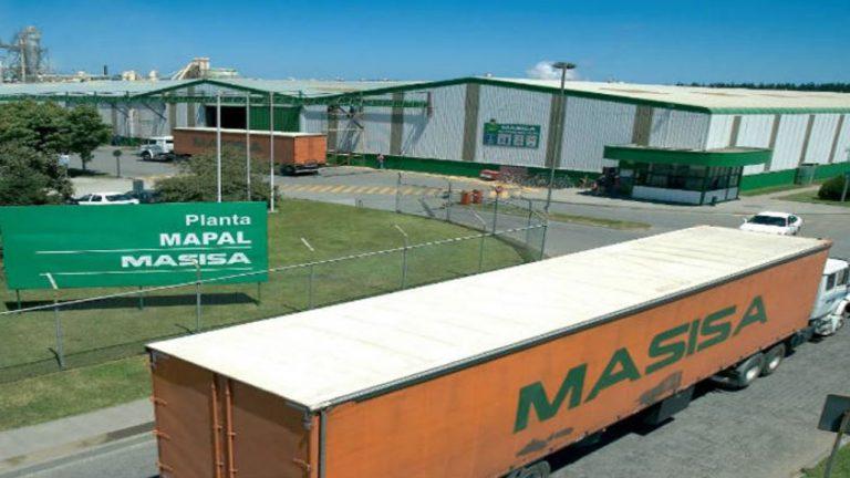 Cabrero: dos sujetos fueron sorprendidos robando planchas al interior de la empresa Masisa