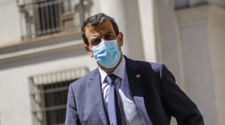 Caso Led 'salpicó' a ministro Delgado: es nombrado en declaración de imputado de Itelecom