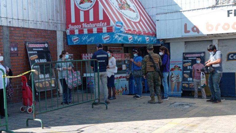 Los Ángeles: Venta de mariscos tuvo bajas aglomeraciones