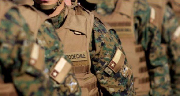 Ejército recibe apoyo del Gobierno tras denunciar 'injurias' en programa de humor de La Red