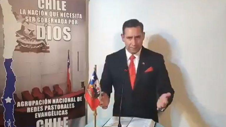 «No se conviertan en rateros»: Pastor Soto 'exige' diezmo a los fieles que reciban el Tercer Retiro