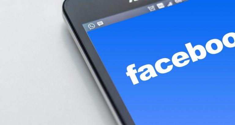Falla mundial apaga la red social de Facebook