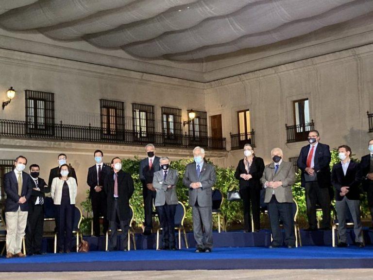 Piñera anunció nuevos beneficios: IFEU y Bono a las Pymes