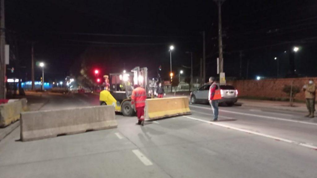 cordon sanitario bloques de cemento los angeles calles