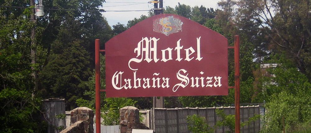 hombre disparó mujer cabaña suiza motel