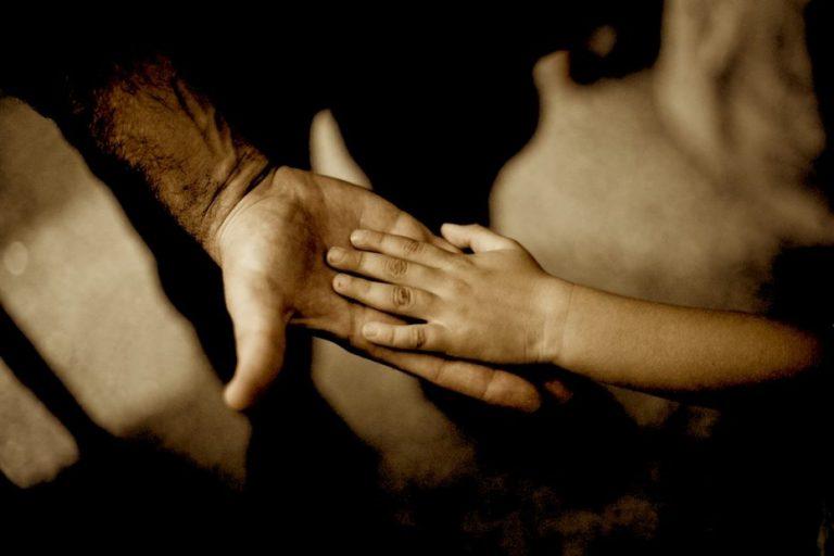 Tío y tío abuelo abusaron, violaron y embarazaron a una niña en Tirúa