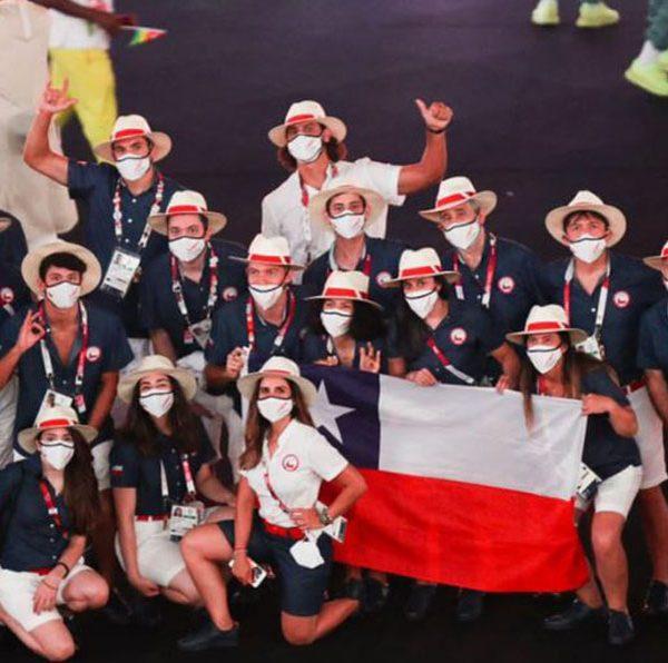 El Team Chile se lució en la ceremonia inaugural de los Juegos Olímpicos de Tokio