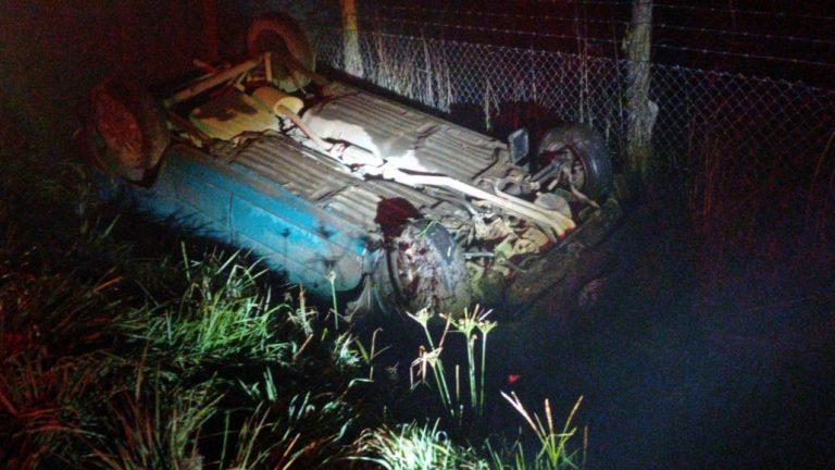 Conductor ebrio volcó su vehículo camino a Santa Bárbara en Los Ángeles