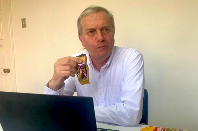 JAK se burla Nestlé por cambio de nombre de la «Negrita»