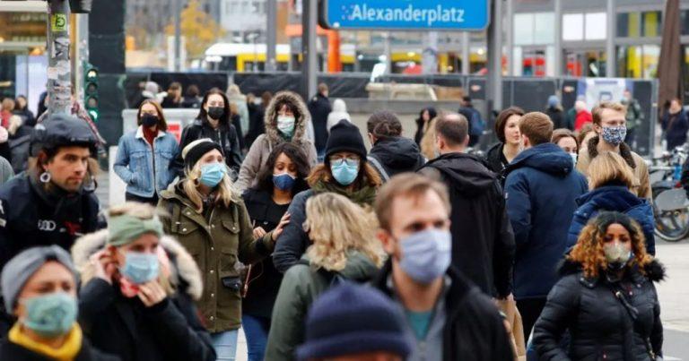 «Ya comenzó»: Alemania alerta y confirma 'Cuarta Ola' de covid por Variante Delta