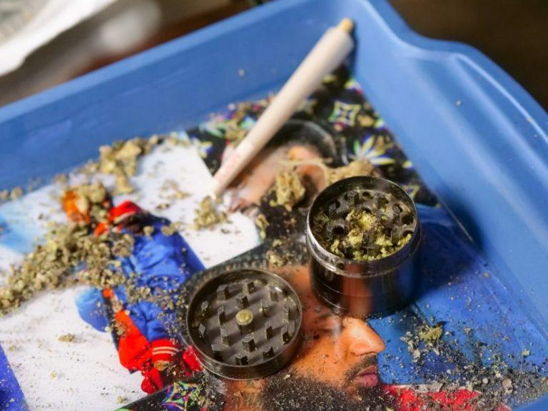 Pareja es detenida por la PDI comercializando marihuana en Los Ángeles