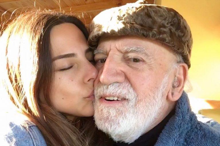 Padre de la cantante Daniela Castillo muere a causa del Covid-19