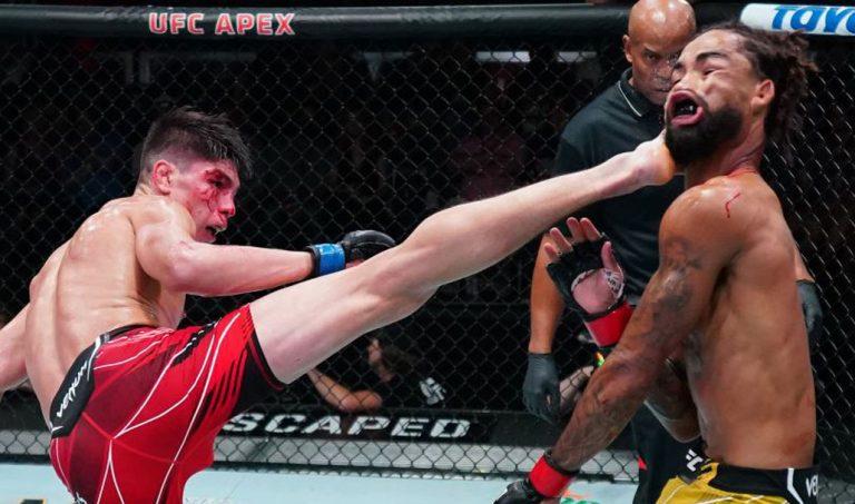 Lo mandó 'a dormir': Ignacio Bahamondes logró un brutal nocaut en la UFC