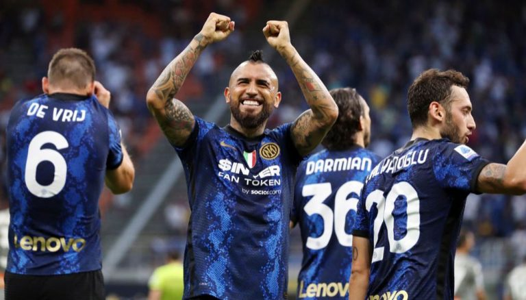 Chilenos en racha: Vidal y Brereton anotaron grandes goles pensando en Clasificatorias