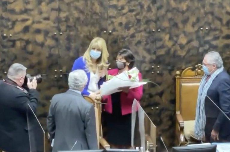 ¿Premio de consuelo? Ximena Rincón es elegida presidenta del Senado