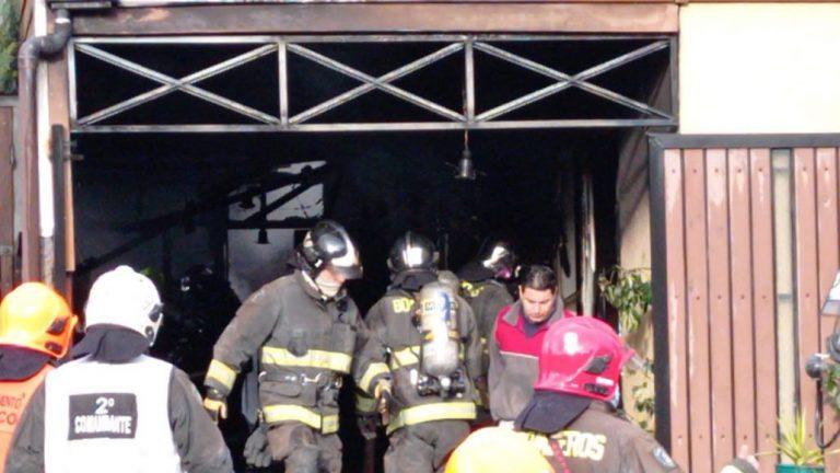 Vivienda es afectada por un incendio en el sector Amatista de Los Ángeles