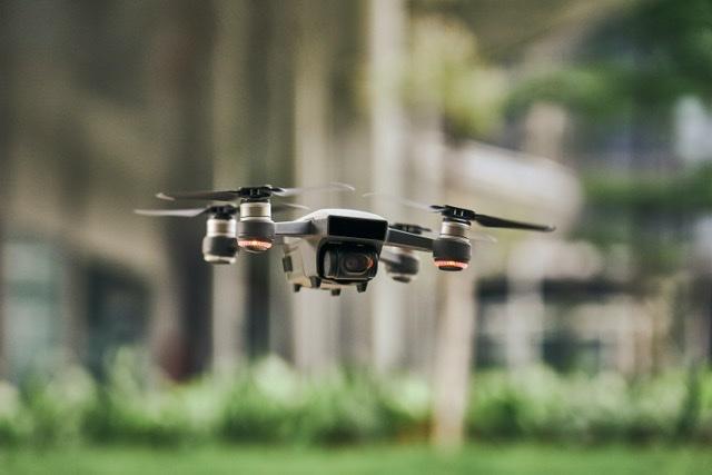 Con ayuda de un drone capturan a microtraficante en Cabrero