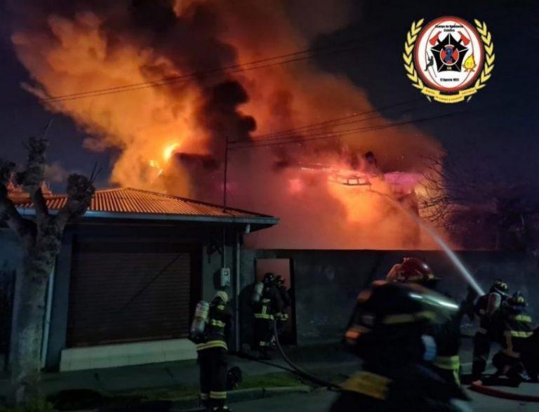 Incendio destruyó una vivienda en la comuna de Cabrero