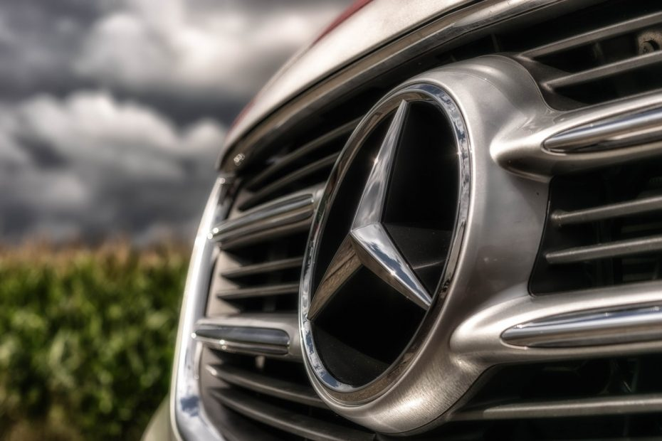 Mercedez Benz en Los Angeles delincuentes