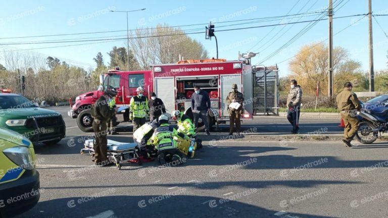 Furgón y motocicleta protagonizan colisión en avenida Las Industrias